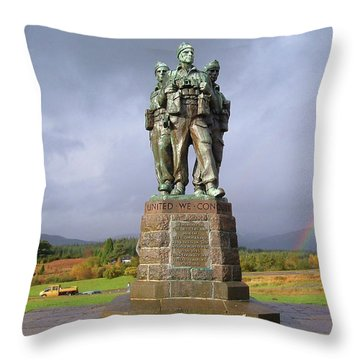 Commando Memorial Throw Pillow