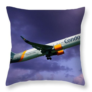 Condor Boeing 767-3q8 Throw Pillow
