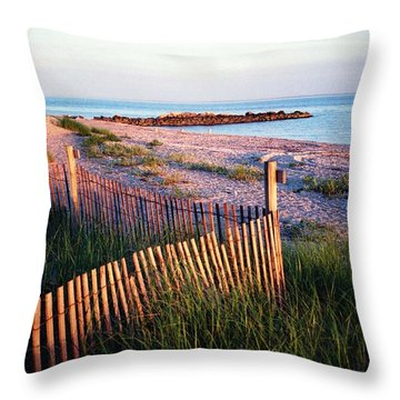 Connecticut Summer Throw Pillow