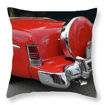 Throw Pillow featuring the photograph Continental Kit by Bill Thomson