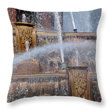Coolth Throw Pillow