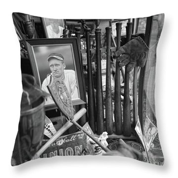 Cooperstown Baseball Hall Of Fame Ny Throw Pillow