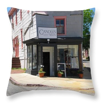 Throw Pillow featuring the photograph Cornhill And Fleet by Charles Kraus