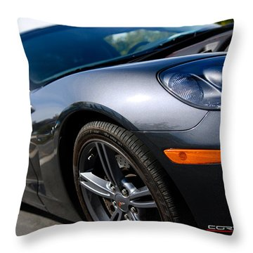 Throw Pillow featuring the photograph Corvette Racing by Shane Kelly