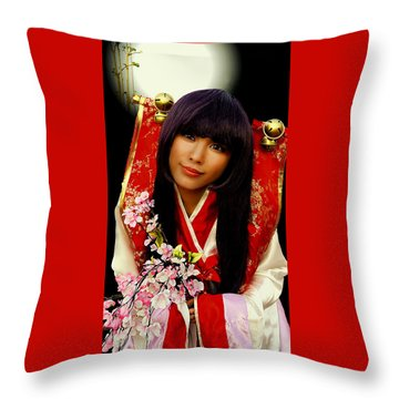 Cosplayer In Japanese Costume Throw Pillow