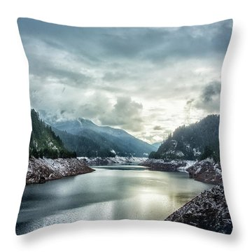 Cougar Reservoir On A Snowy Day Throw Pillow