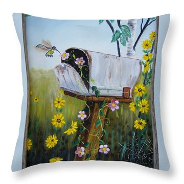 Country Mailbox Throw Pillow