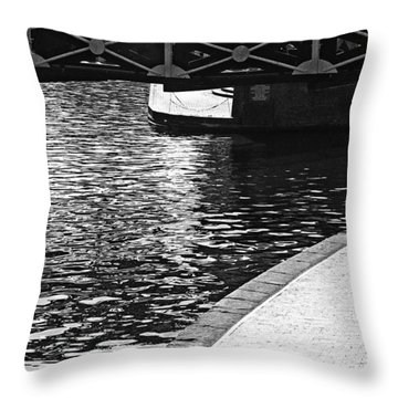 Throw Pillow featuring the photograph Couple And Canal by Adrian Pym