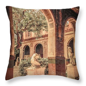 Paris, France - Courtyard West - L'ecole Des Beaux-arts Throw Pillow