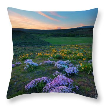 Cowiche Sunset Throw Pillow