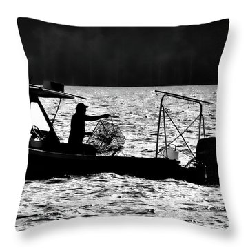 Crabbing On The Pamlico Throw Pillow