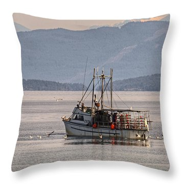 Crabbing Throw Pillow