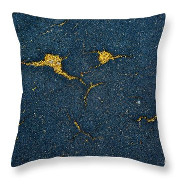 Cracked #10 Throw Pillow