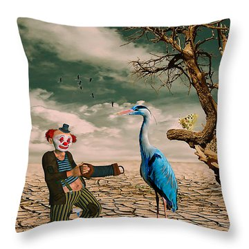 Cracked IIi - The Clown Throw Pillow