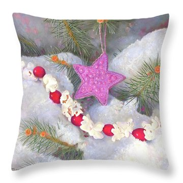 Throw Pillow featuring the painting Cranberry Garlands Christmas Star In Orchid by Nancy Lee Moran