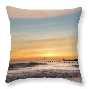 Crashing Waves At Aberdeen Beach Throw Pillow