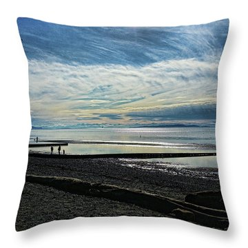 Crescent Beach At Dusk Throw Pillow