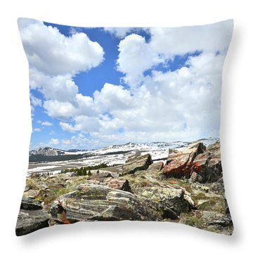 Crest Of Big Horn Pass In Wyoming Throw Pillow