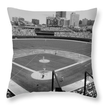Cubs Game...2009 Throw Pillow