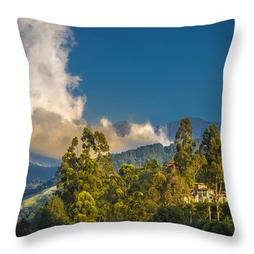 Giant Over The Mountains Throw Pillow
