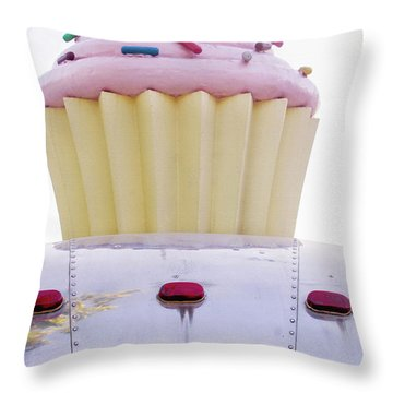 Cupcake Food Trailer Throw Pillow