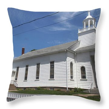Cutchogue United Methodist Church Throw Pillow