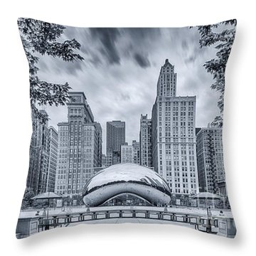 Cyanotype Anish Kapoor Cloud Gate The Bean At Millenium Park - Chicago Illinois Throw Pillow