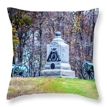 D Battery 1st New York Light Throw Pillow