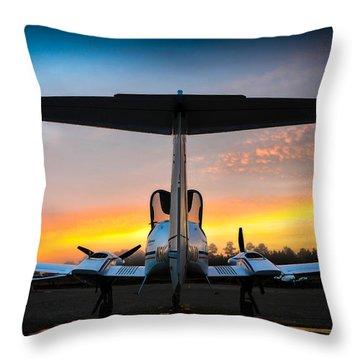 Da42 Facing The Dawn Throw Pillow