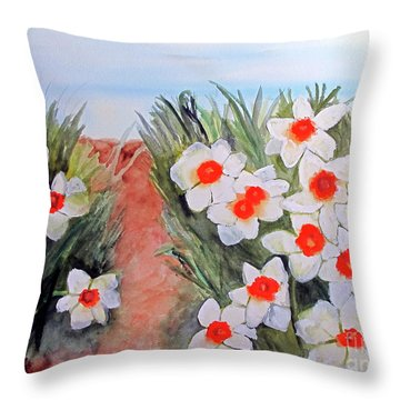 Throw Pillow featuring the painting Daffodils by Sandy McIntire