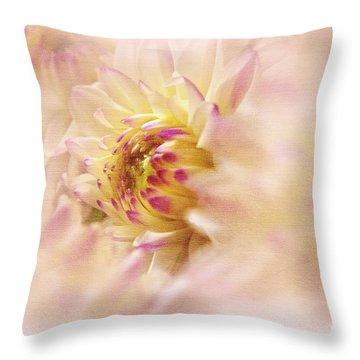 Dahlia2 Throw Pillow