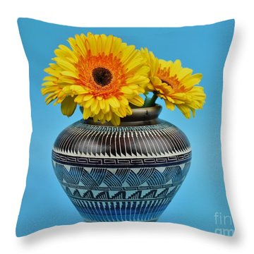 Daisies Displayed In Navajo Native American Vase Throw Pillow