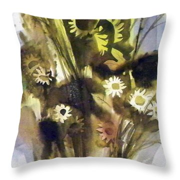 Throw Pillow featuring the painting Daisies by Ed Heaton
