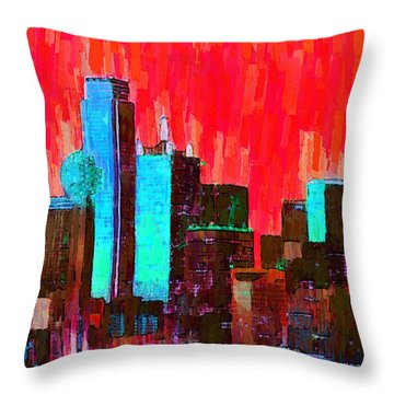 Dallas Skyline 65 - Da Throw Pillow