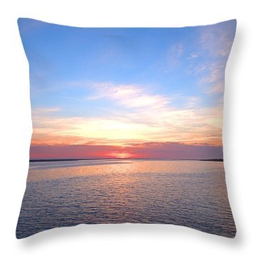 Dark Sunrise I I Throw Pillow
