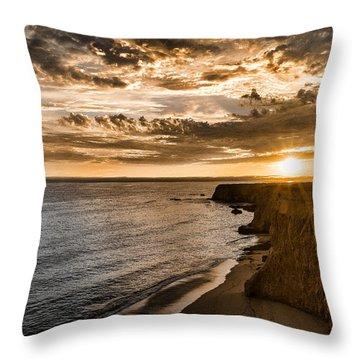 Davenport Cliffs Throw Pillow