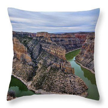 Dawn At Devils Overlook Bighorn Canyon Throw Pillow