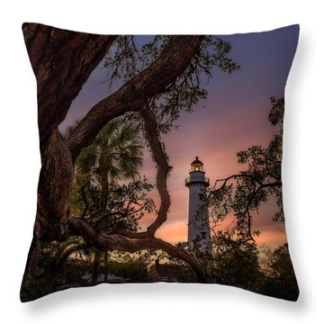 Dawn At Saint Simons Lighthouse Throw Pillow