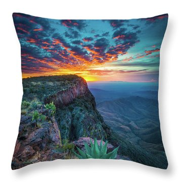 Dawn In The Chisos Throw Pillow
