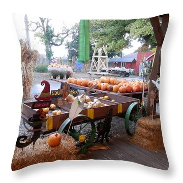 Day At The Pumkin Farm Throw Pillow