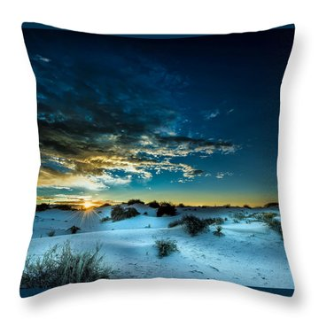Daybreak At White Sands Throw Pillow