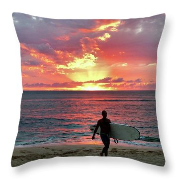 Day's End On The North Shore Throw Pillow