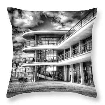 De La Warr Pavillion Throw Pillow
