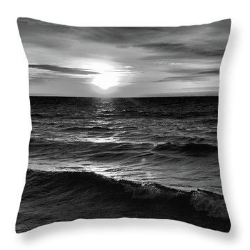 December 20-2016 Sunrise At Oro Station Bw  Throw Pillow by Lyle Crump