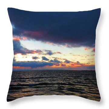 December Sunset, Wolfe Island, Ca. View From Tibbetts Point Lighthouse Throw Pillow