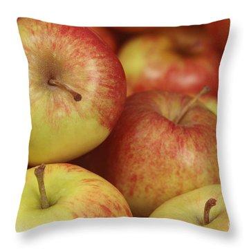 Delicious Apple Fruit Background Throw Pillow