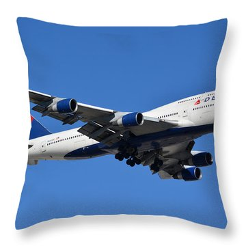 Delta Boeing 747-451 N662us Phoenix Sky Harbor January 12 2015 Throw Pillow by Brian Lockett