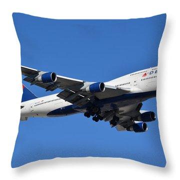 Delta Boeing 747-451 N662us Phoenix Sky Harbor January 12 2015 Throw Pillow