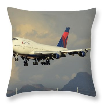 Delta Boeing 747-451 N668us Phoenix Sky Harbor January 8 2015 Throw Pillow by Brian Lockett