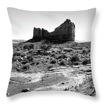 Desert Landscape - Arches National Park Moab, Utah Throw Pillow